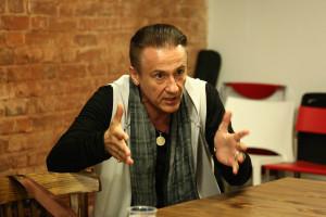 Олег Меньшиков на интервью со зрителями