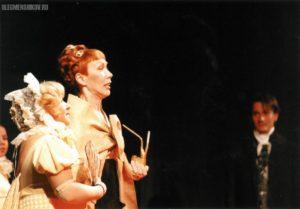 Людмила Евдокимова и Татьяна Рудина в спектакле «Горе от ума»